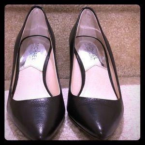 Michael Kors Flex Leather High heel pumps size 5